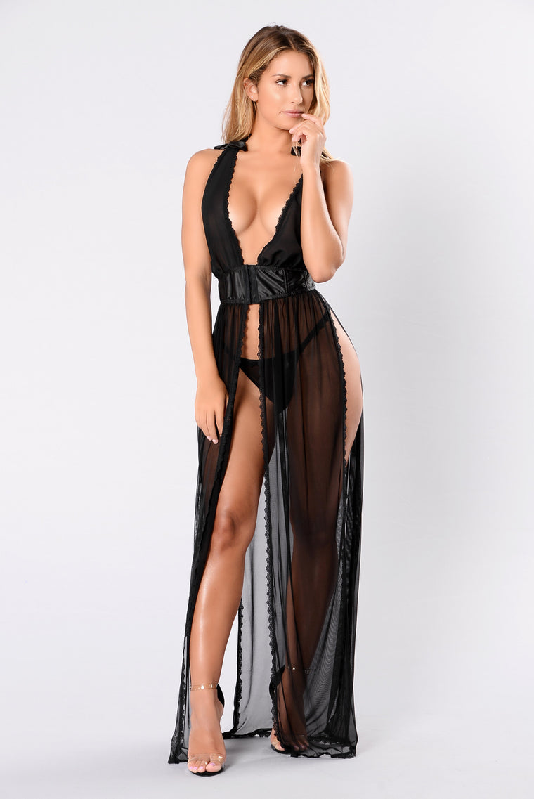 Love Me Forever Gown - Black