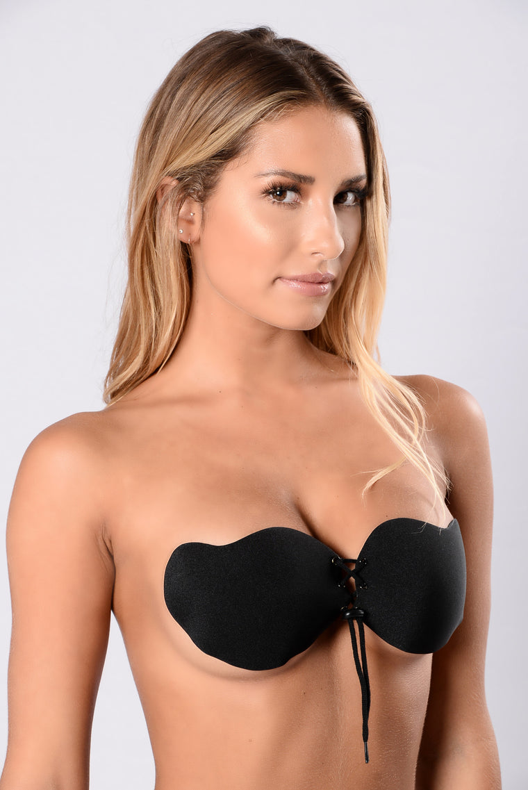 Pull Me Close Invisible Bra - Black