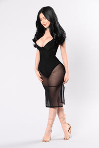 Private Invitation Dress - Black