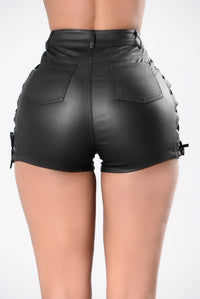 Baby Come Back To Me Shorts - Black