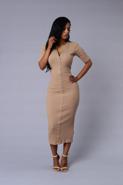 Embezzle Dress - Mocha