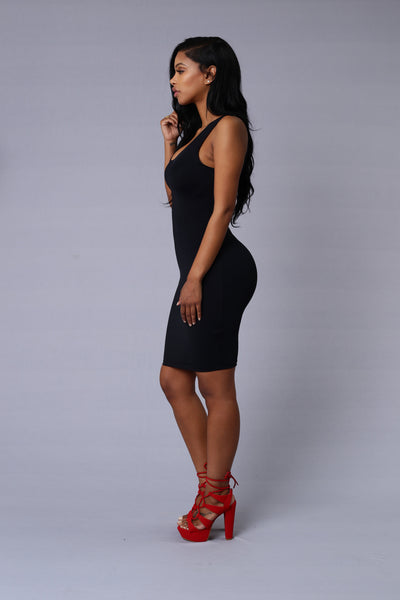 Main Chick Dress - Black