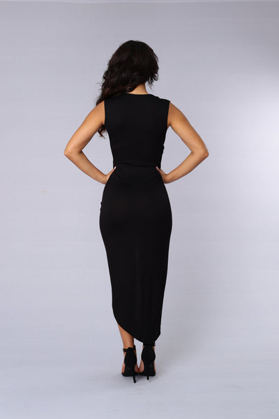 Propose A Toast Dress - Black