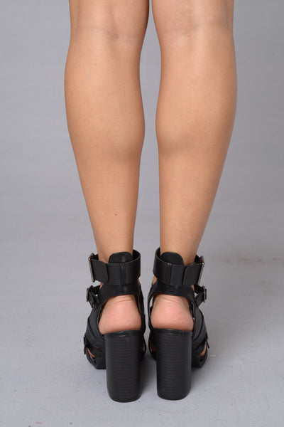 Buckle Up Heel - Black