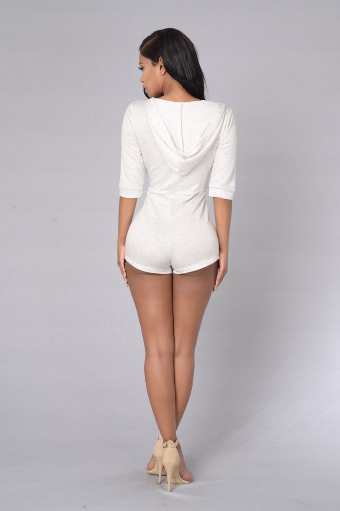 Eye-Catcher Romper - Oatmeal