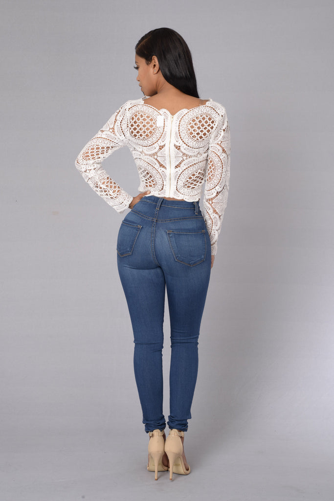 Adoilable Top - White