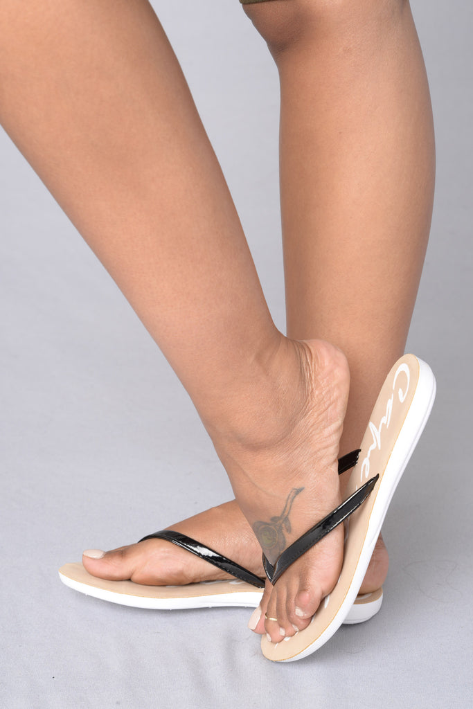 Beach Day Sandal - Black