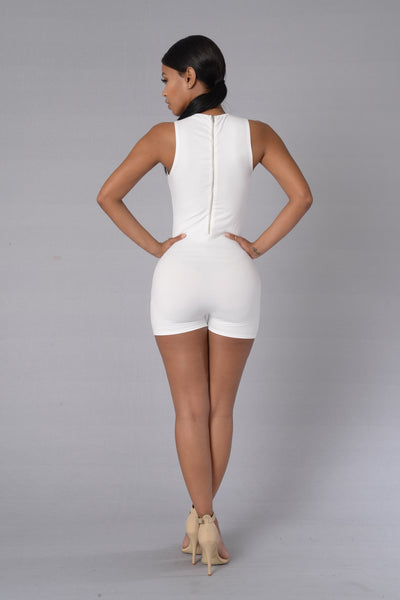 Take A Bow Romper - Ivory
