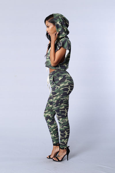 Stay Out of Sight Top - Camo