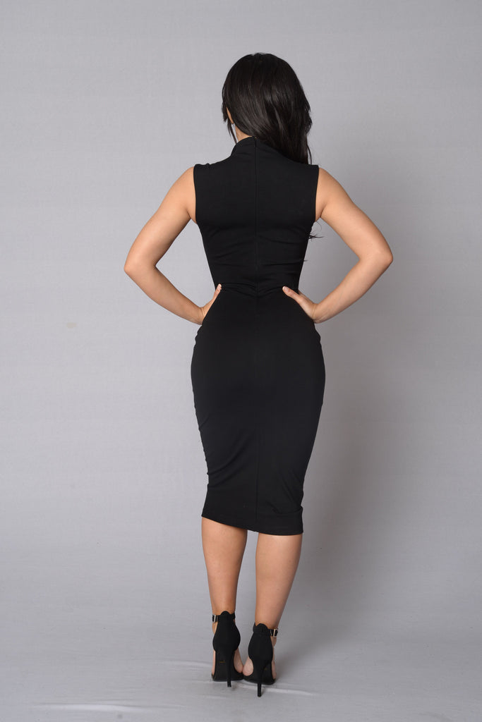 Pursue Dress - Black