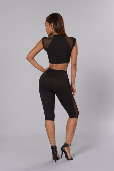 Hooked On You Crop Legging