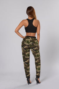 On The Hunt Joggers - Camo