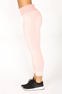 On The Move Active Pant Set - Rose