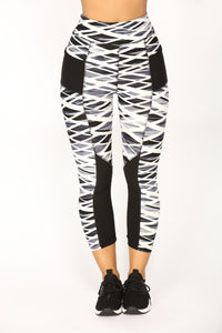 Georgina Active Crop Leggings - Black/White