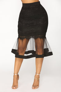 Plenty Of Fish In The Sea Midi Skirt - Black