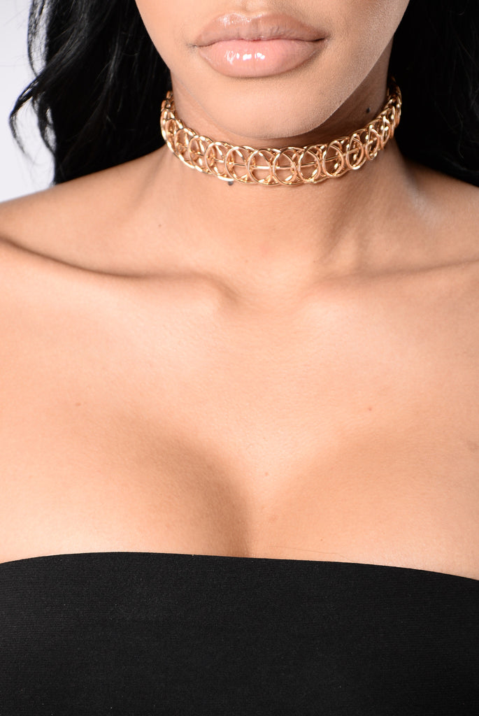 Quirky Choker - Gold