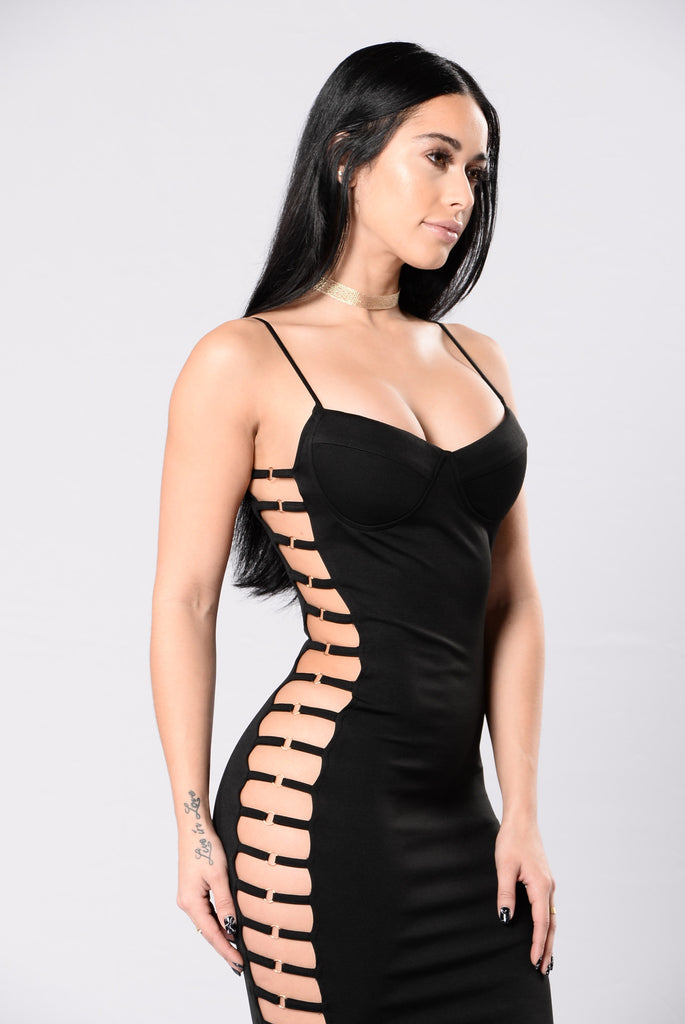 All The Right Moves Dress - Black