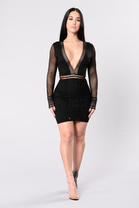 Better Vibes Dress - Black