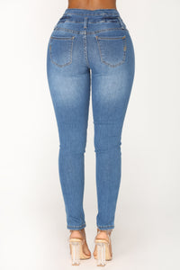Last Dance High Rise Jeans - Medium