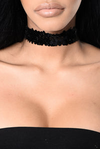 Care For You Choker - Black