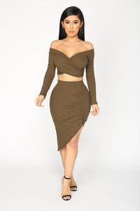 Hold Ya Stripe Set - Olive/Black