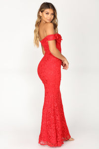 Superior Lace Dress - Red