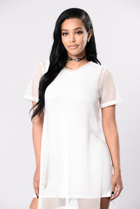 Sheer Thing Top - White