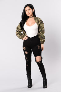 Camouflage In The City Jacket - Camo Angle 6