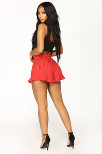 Hot Spot Ruffle Shorts - Wine
