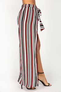 Draw The Line Striped Pants - Wine