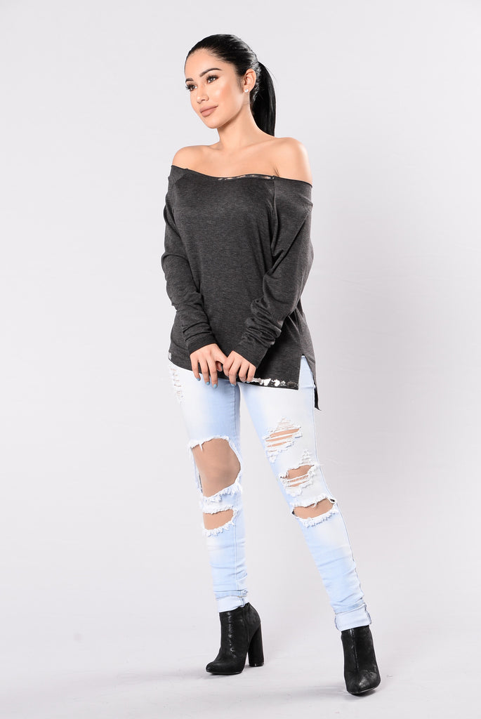 Splattered Heart Top - Charcoal