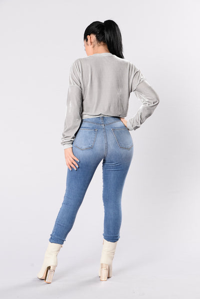 Slay Queen Sweater - Grey