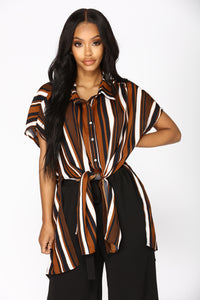 Izzy Hi Lo Top - Black/Brown
