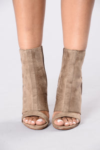 Pep Step Boot - Taupe/Khaki