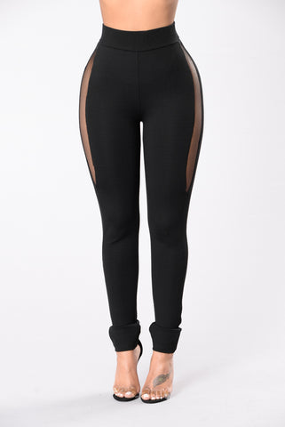 Feel It Coming Leggings - Black