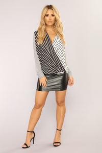 Thalia Long Sleeve Top - Black/White