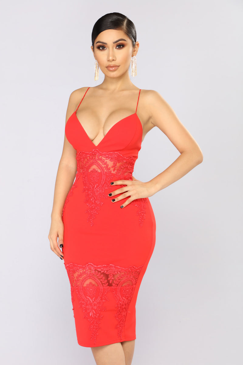 Keep Up With My Vibe Midi Dress   Red