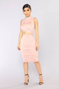Kacy Ruched Dress - Mauve
