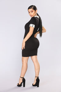 Wednesday Collar Dress - Black/Ivory