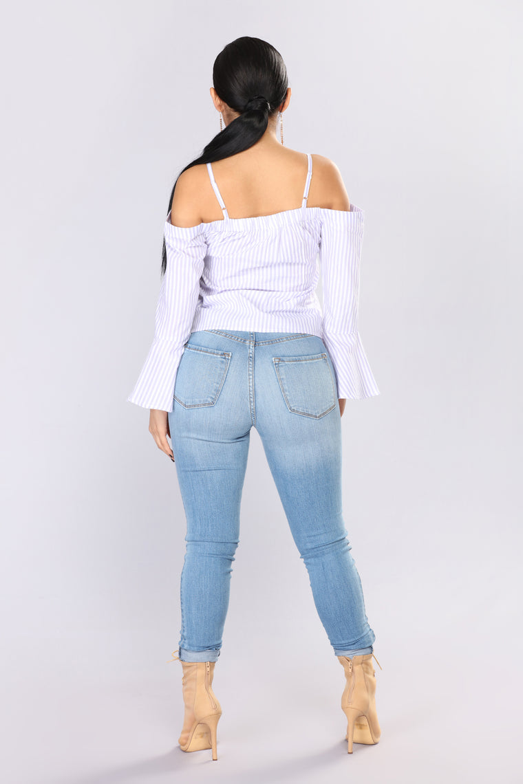 Addilyn Cold Shoulder Top - Lilac/White