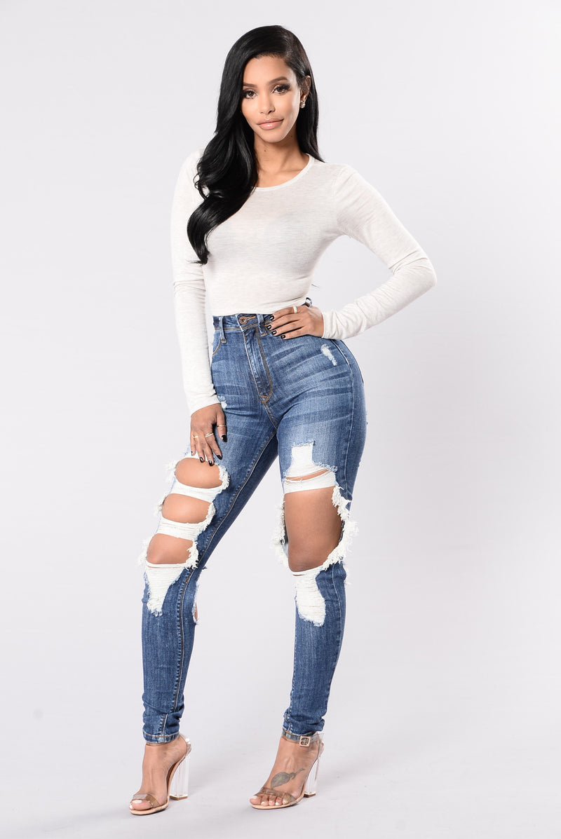 So Much Going On Jeans - Medium Blue
