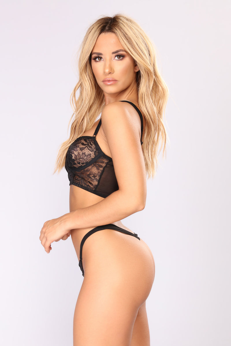 Liberating Lace Set - Black