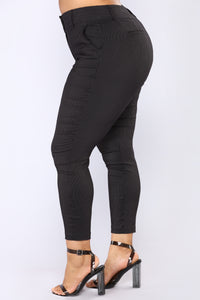 Alissa Print Pants - Black