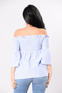 Catch My Eye Top - Blue/White