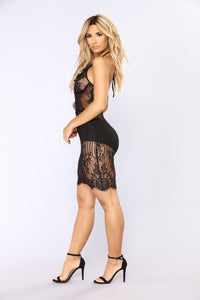 Without Reservation Lace Dress - Black