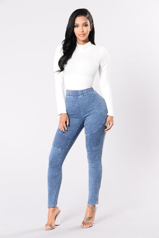 Switching Up The Angles Jeggings - Medium Wash