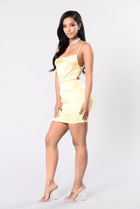 Queen Of Romance Dress - Yellow