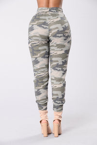 Spending Everyday Joggers - Camo