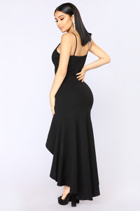 Meadow Vibes Maxi Dress - Black