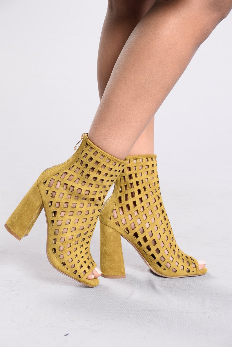 Broken Hearts Bootie - Green